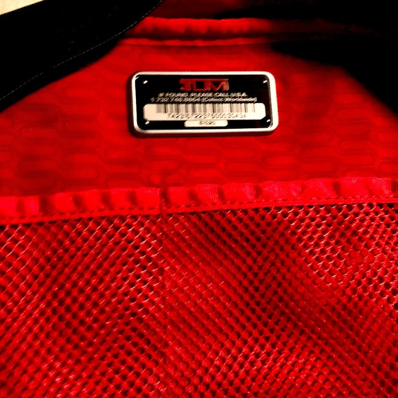 Authentic lg.Tumi Backpack lots/Pockets/Zippers Bk
